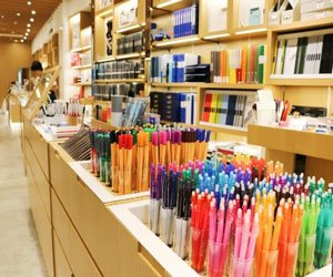 stationary-store-shelving