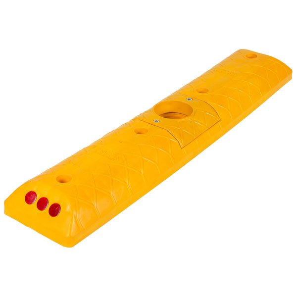 UT-2132-Road-Lane-Separators-600