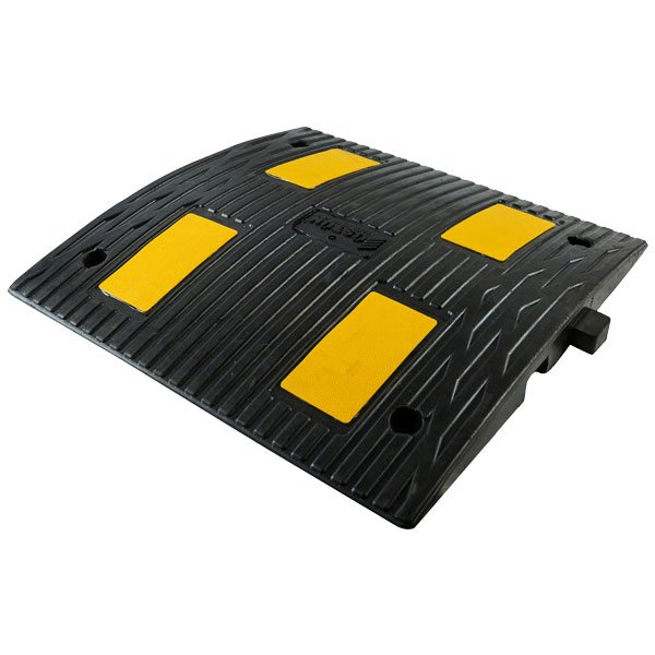 UT-9002-Rubber-Speed-Ramps-600