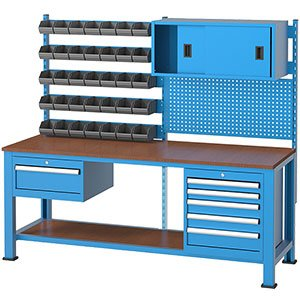 Radni-stol-sa-panelom-za-alat-3270